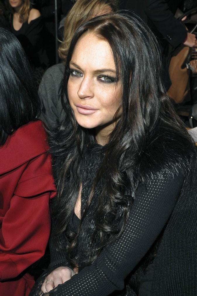 Star brune : les cheveux noirs de Lindsay Lohan