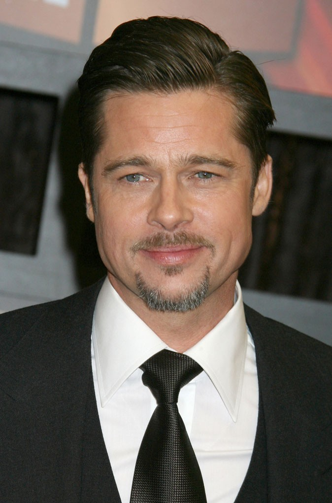 Coiffure de Brad Pitt : le wet look en 2009