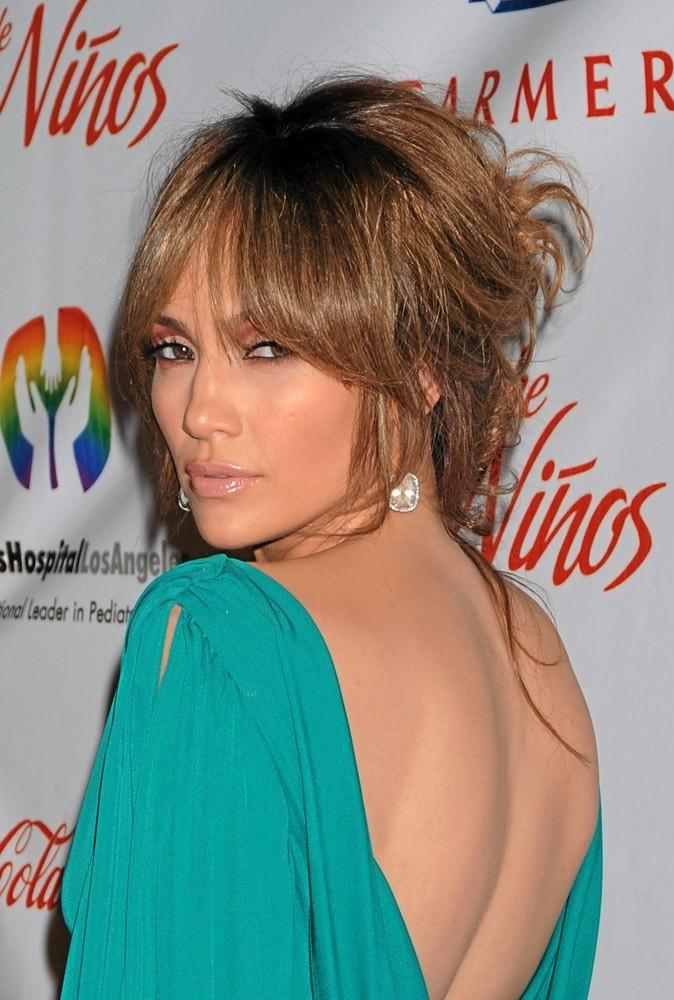 Coiffure de star : les cheveux auburn de Jennifer Lopez en 2009 !