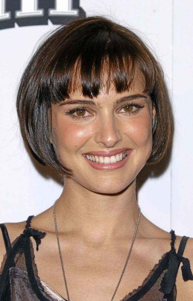 coiffure de star le cv capillaire de natalie portman. Black Bedroom Furniture Sets. Home Design Ideas