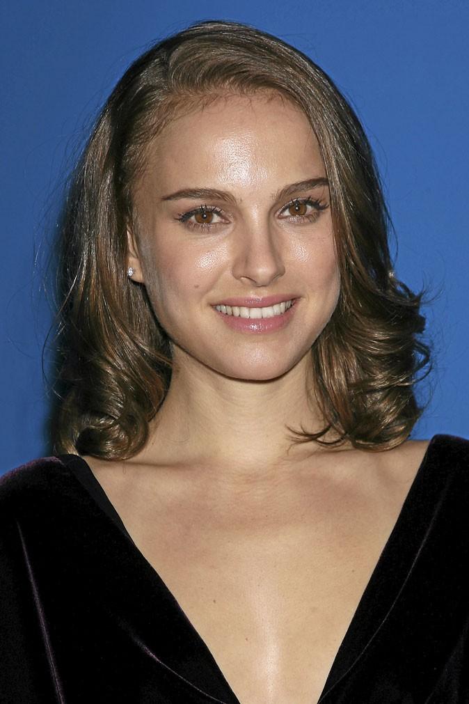 Coiffure de star : le brushing glamour de Natalie Portman en 2008