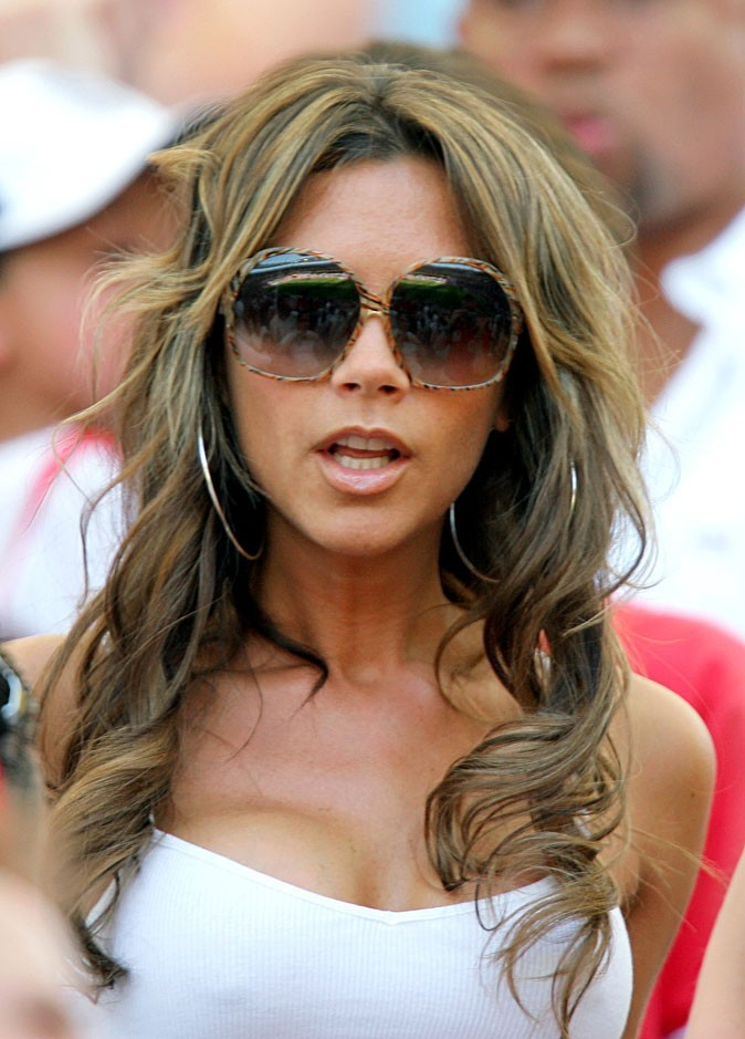 Les cheveux longs bouclés de Victoria Beckham en 2006 !