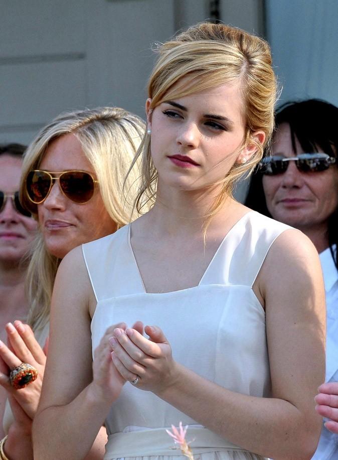 Le chignon flou d'Emma Watson en Juillet 2007 !