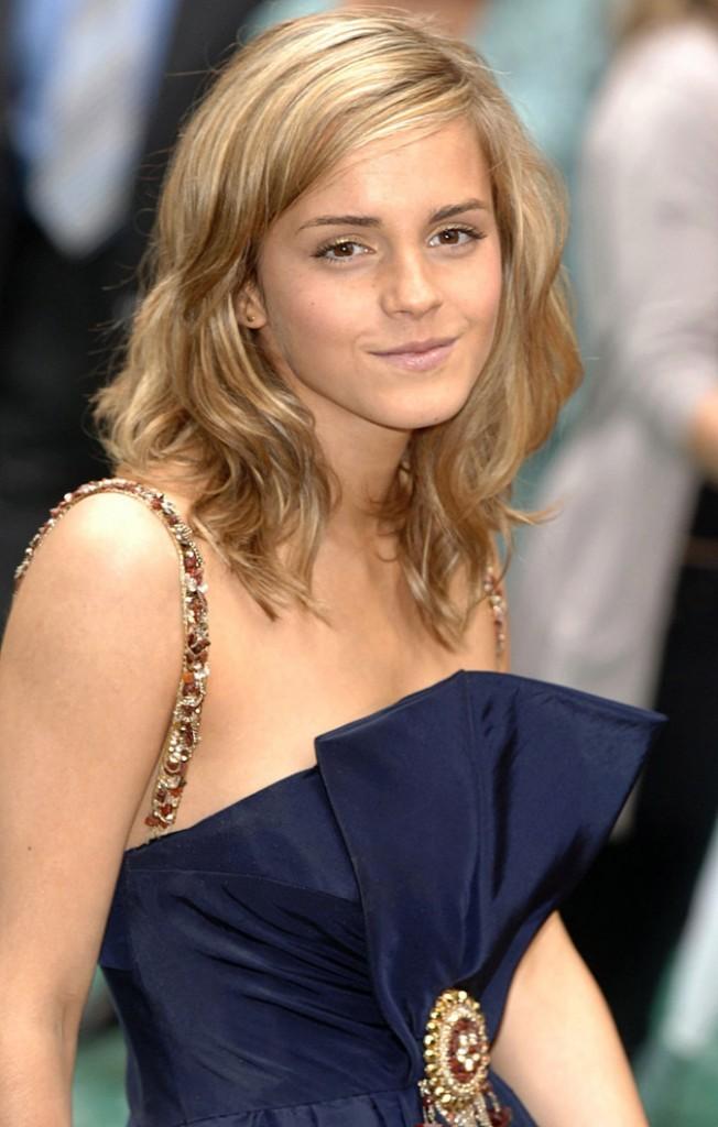 Les cheveux éclaircis d'Emma Watson en Juillet 2007 !