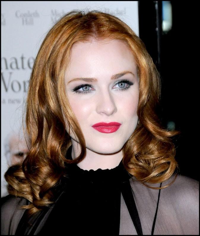 Evan Rachel Wood : coiffure glamour sur cheveux roux en juin 2009