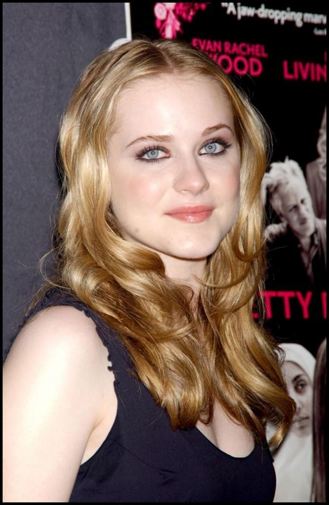 Evan Rachel Wood : des cheveux blond vénitien en août 2005