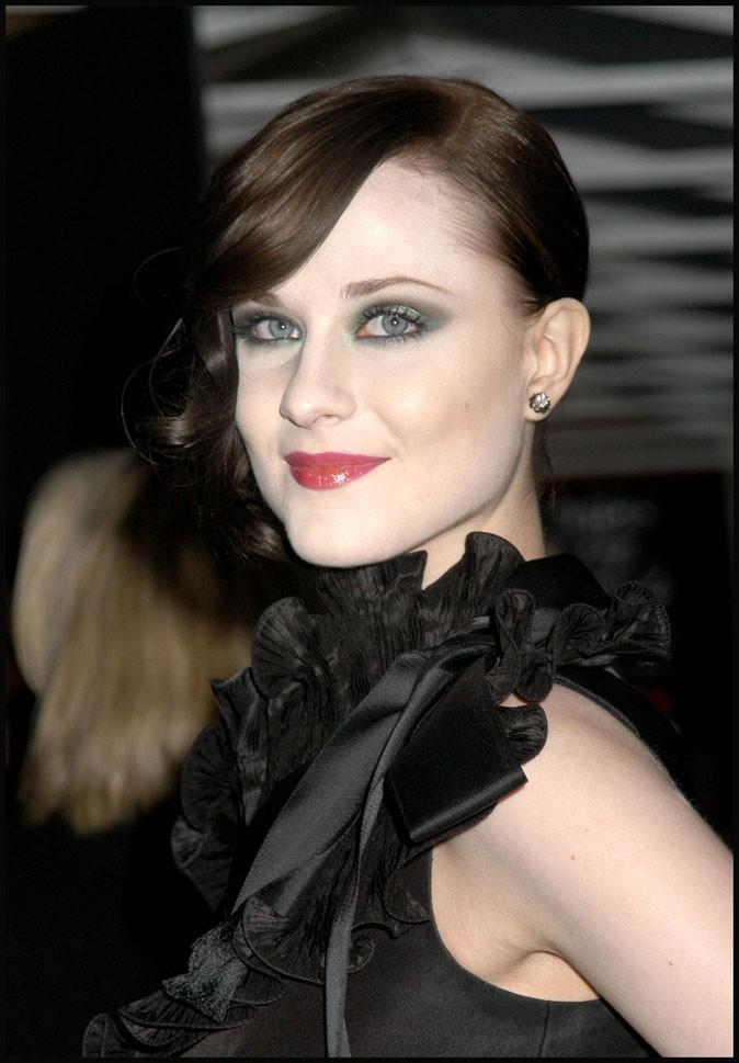 Evan Rachel Wood : des cheveux bruns en avril 2008