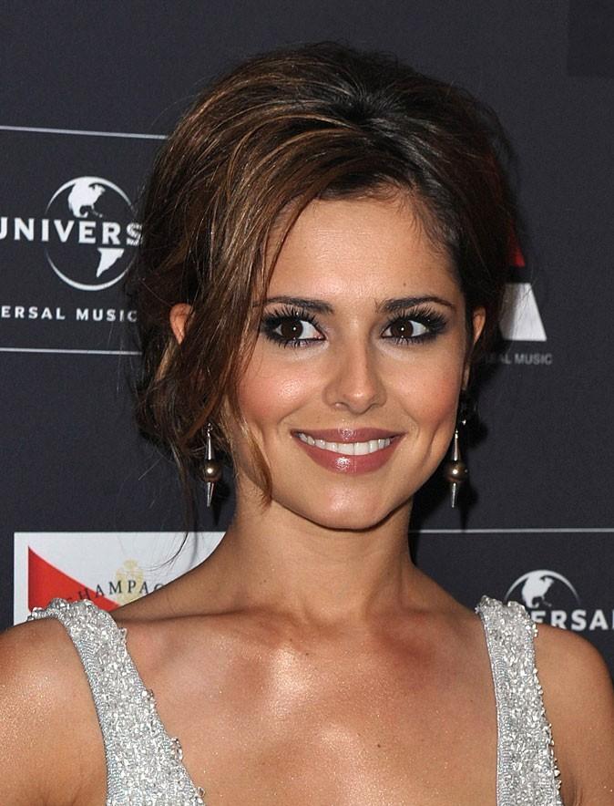 Coiffure de Cheryl Cole en juin 2010 : un chignon gonflé