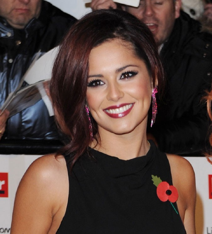 Coiffure de Cheryl Cole en novembre 2010 : des reflets rouges