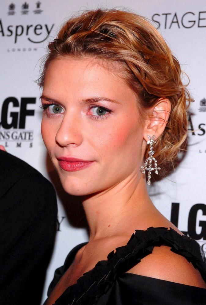 """Coiffures de Claire Danes : découvrez le CV capillaire de la star de """"Homeland"""" !"""