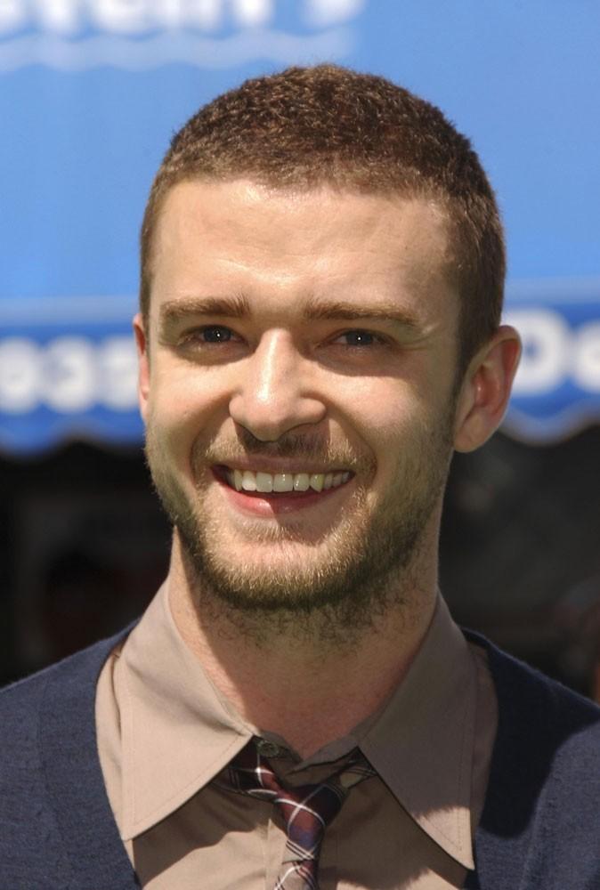 Coiffure de Justin Timberlake en 2007 : un adepte des cheveux coupés à ras !