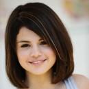 Coiffure de Selena Gomez en juin 2009 : un carré brushé