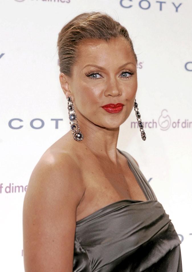 Coiffures des Desperate Housewives : des cheveux tirés en arrière pour Vanessa Williams