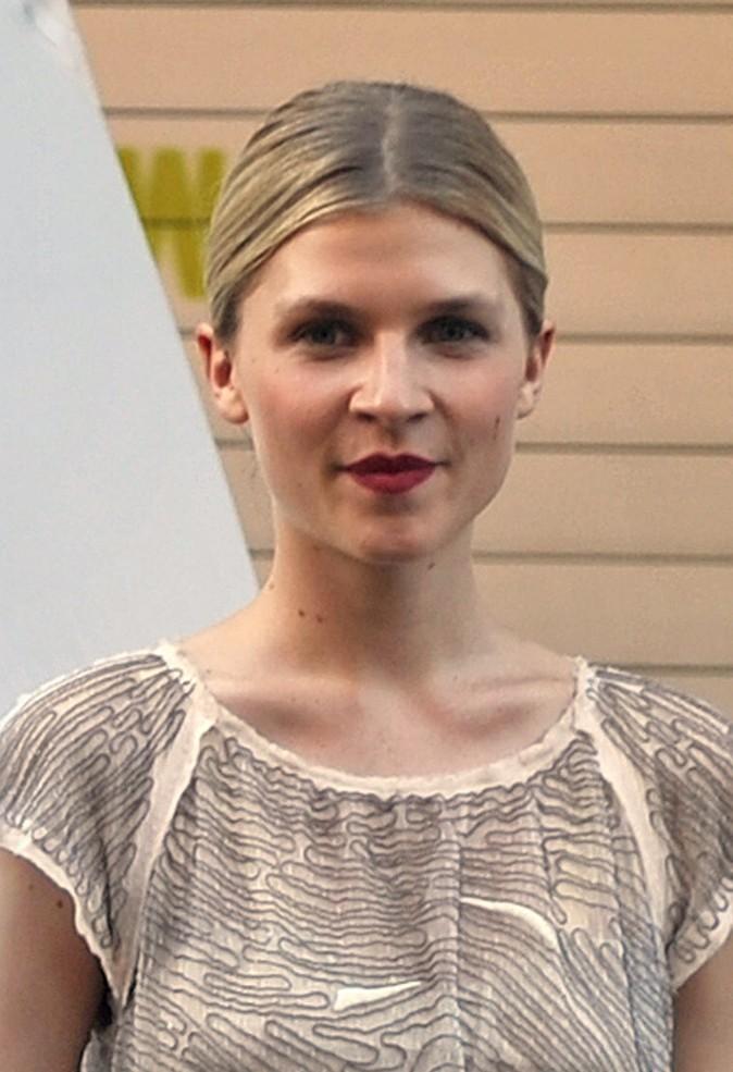 Coiffures de Clémence Poésy : des cheveux plaqués dans Gossip Girl !