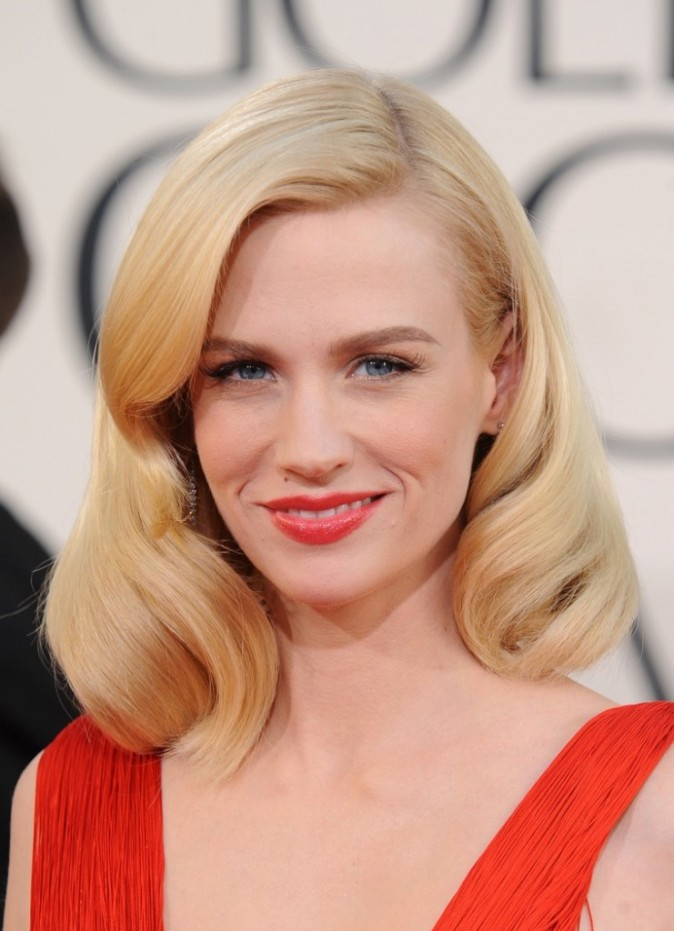 January Jones et sa coupe 50's