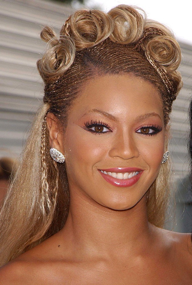 Beyonce Eyes Turn Black 30 years old