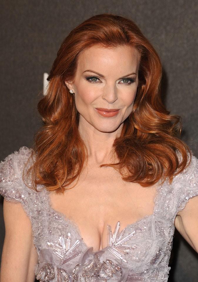 Coloration de star : les cheveux roux de Marcia Cross en 2009