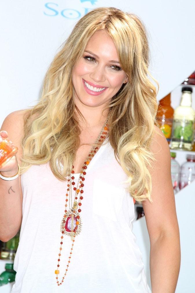 Dents de stars : le sourire de Hilary Duff aujourd'hui !