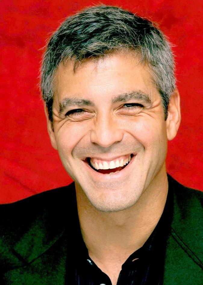 George Clooney en 2000 : s'est-il fait refaire les dents ?
