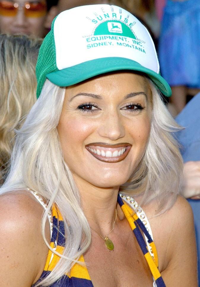 Gwen Stefani en 2001 : s'est-elle fait refaire les dents ?