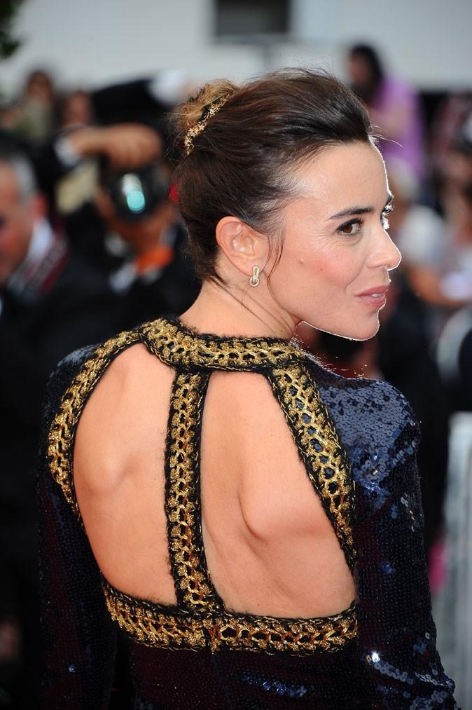 Coiffure de star au Festival de Cannes 2011 : le chignon de ballerine d'Elodie Bouchez