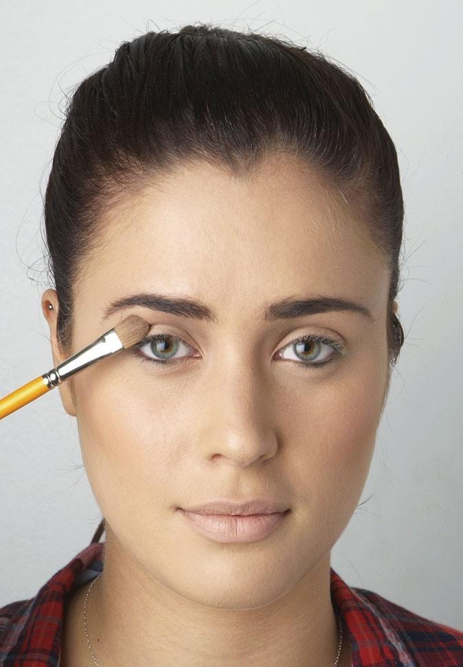 Mode d'emploi de l'eye-liner : le maquillage des paupières