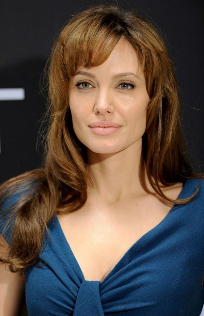 Beauté de star : le maquillage nude d'Angelina Jolie