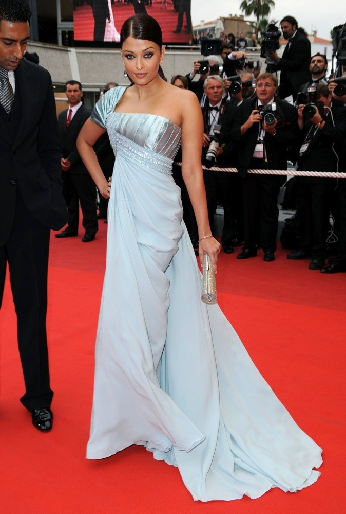 A Cannes, elle porte les plus belles pièces des créateurs !