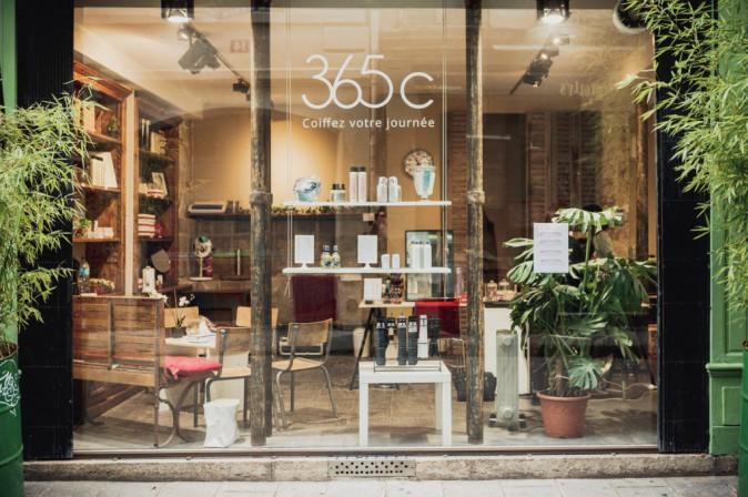 ̀365C : A partir de 19€ la coiffure. 365c, 29, rue du Roi-de-Sicile, Paris 4e. Et sur 365c.fr.