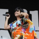 Photo : la cellulite sur les cuisses de Lily Allen