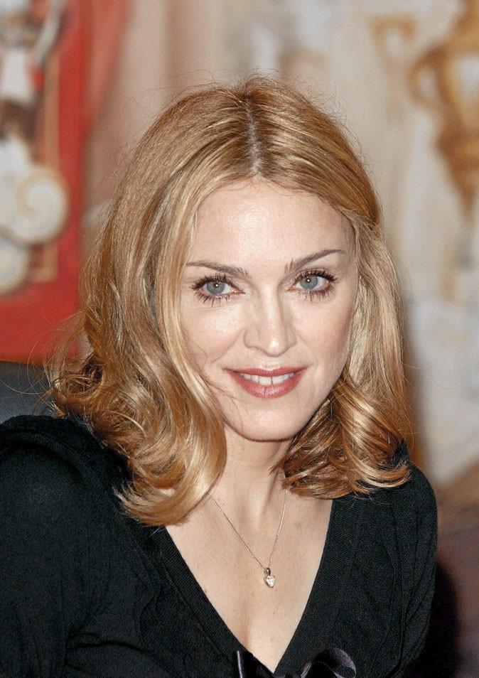 Madonna a presque retrouvé la raison côté couleur de cheveux !