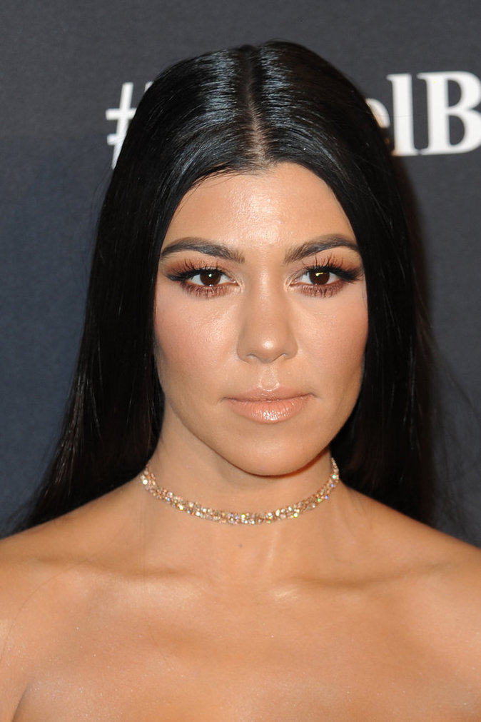 La bouche nude de Kourtney Kardashian