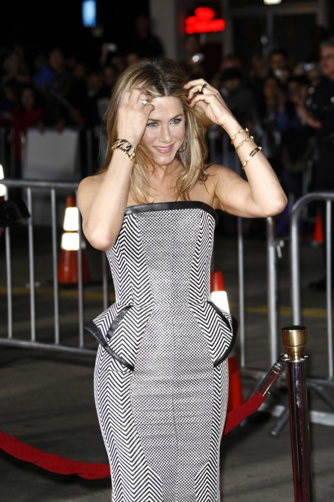 Jennifer Aniston sur tapis rouge
