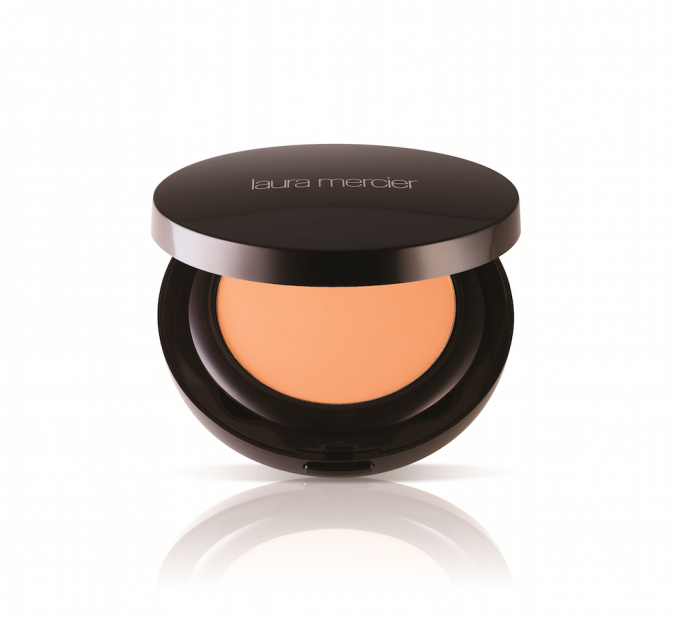 Fond de teint poudre, Smooth Finish, Laura Mercier 45 €