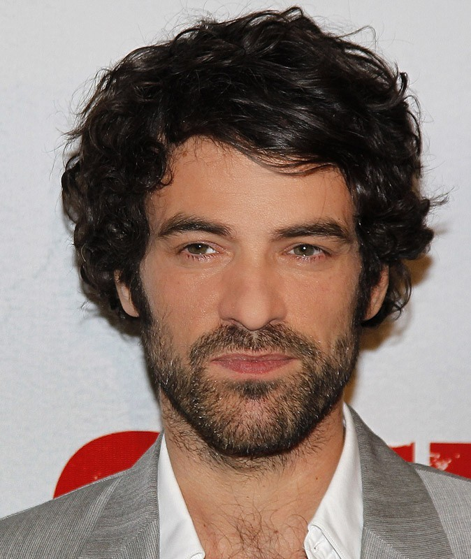 Star sexy poilue : Romain Duris, le rasoir, ça le barbe !