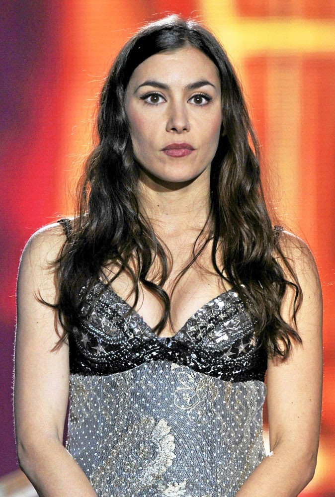 Spécial seins de stars : Olivia Ruiz aimerait avoir des seins plus gros...