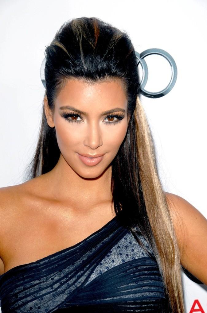 Et si Kim Kardashian était blonde...