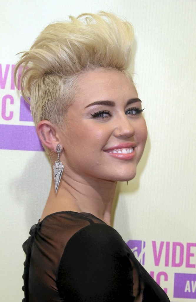 Miley Cyrus : monster grunge !