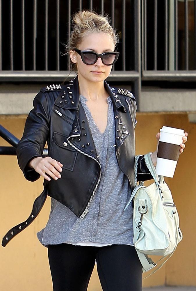 Les lunettes de soleil tendance vintage de Nicole Richie
