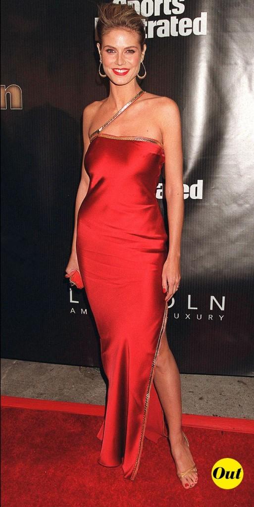 Une robe qui aplatit et qui ne marque pas la taille fine d'Heidi, dommage !