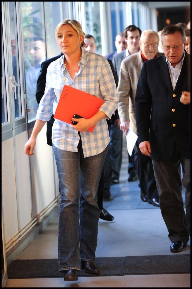 Marine Le Pen en jean