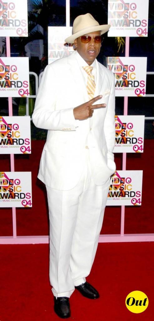 Jay-Z : Costume blanc, pas top dans sa version PIMP
