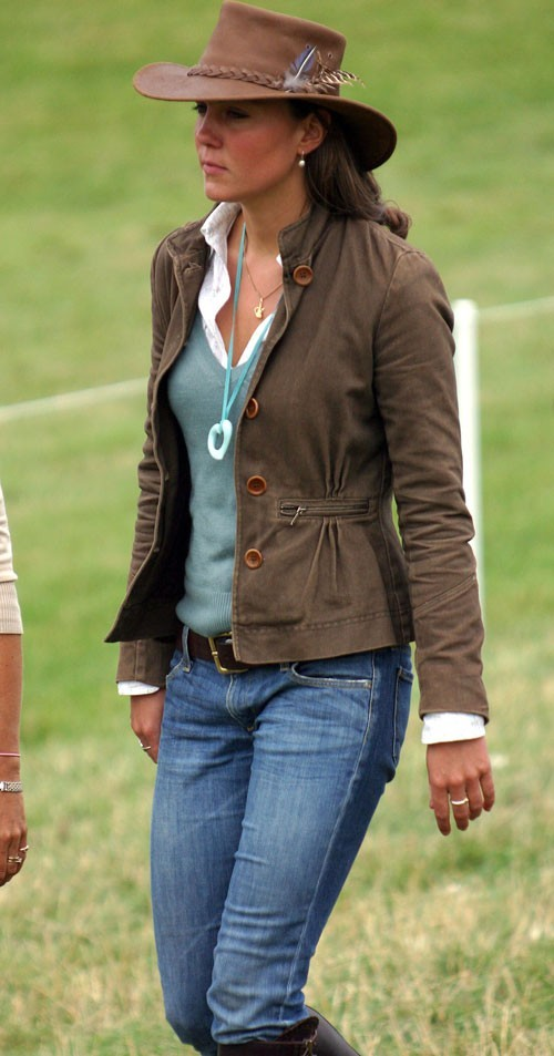 Look de star : le chapeau de cow-boy de Kate Middleton en août 2005