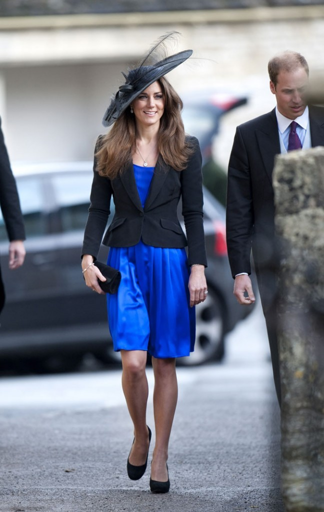Look de star : le chapeau noir à plume de Kate Middleton en octobre 2010