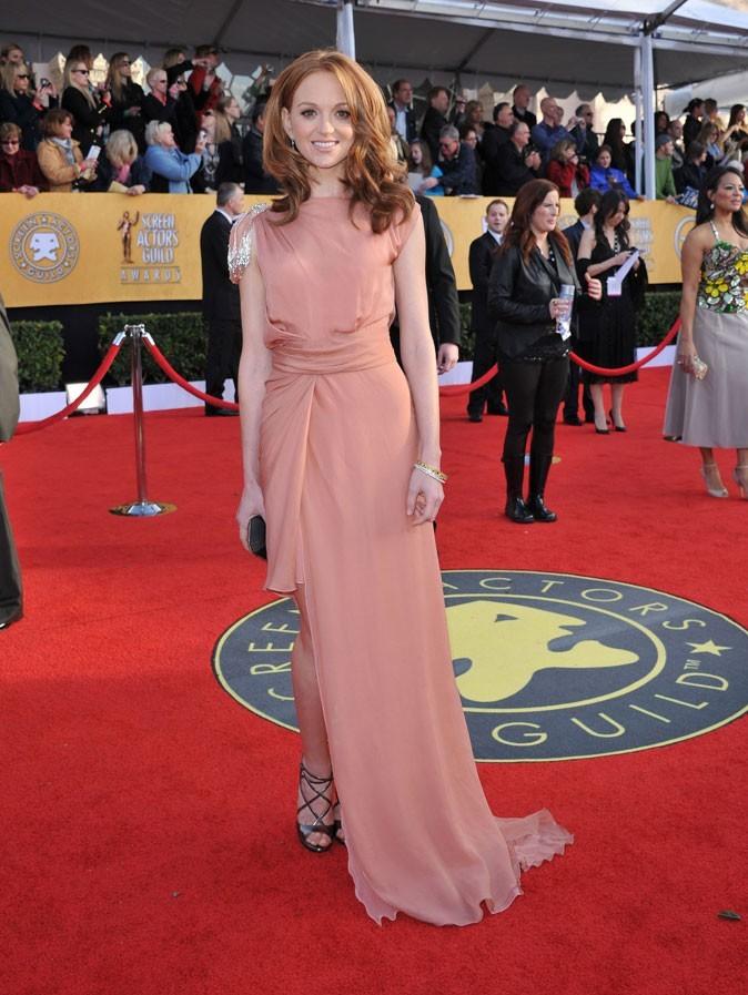 Les stars de Glee en mode glamour : la robe longue rose de Jayma Mays
