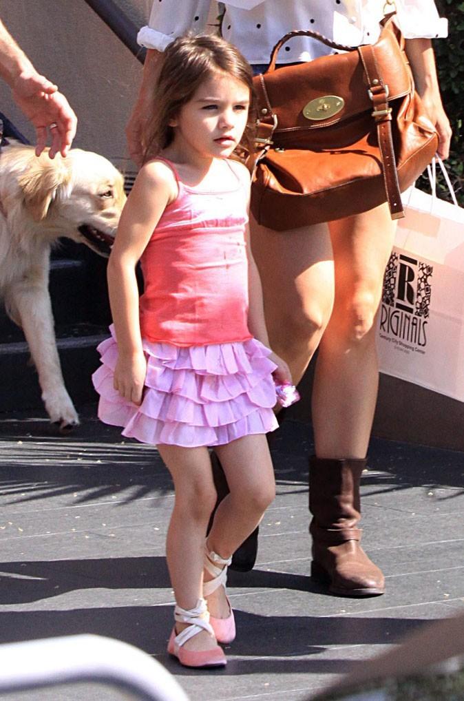 Look de star : le look rose de danseuse de Suri Cruise