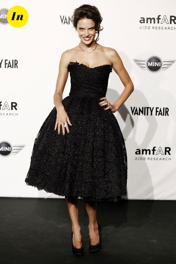 Look d'Alessandra Ambrosio : une robe tendance rétro