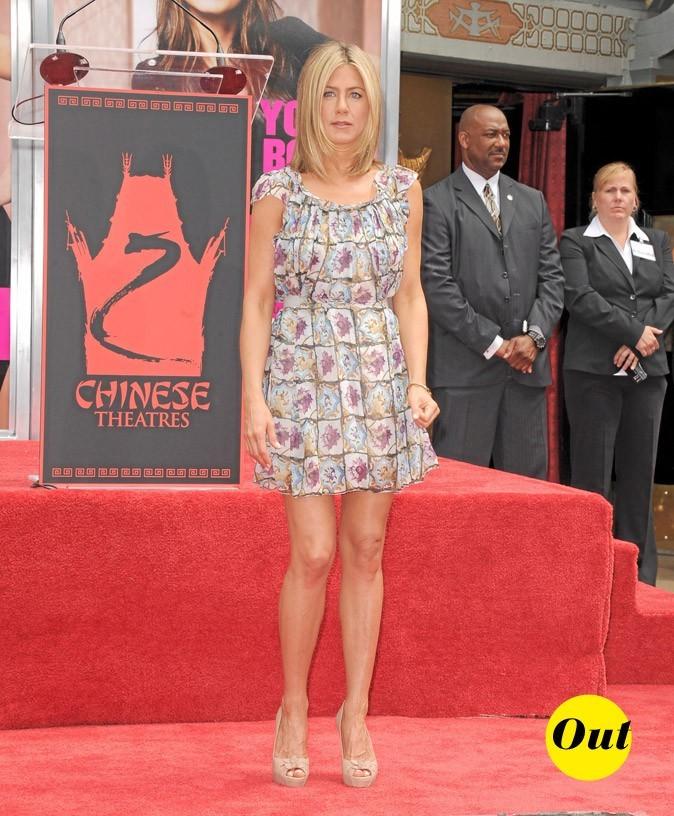 La robe à fleurs Prada de Jennifer Aniston en Juin 2011 !