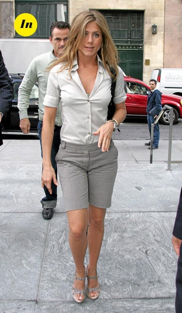 Le bermuda chic de Jennifer Aniston en Mai 2006 !