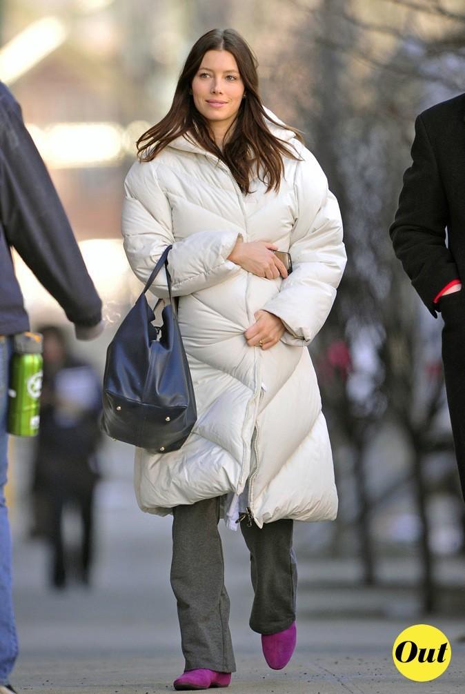 Un peu grand ce manteau non ?